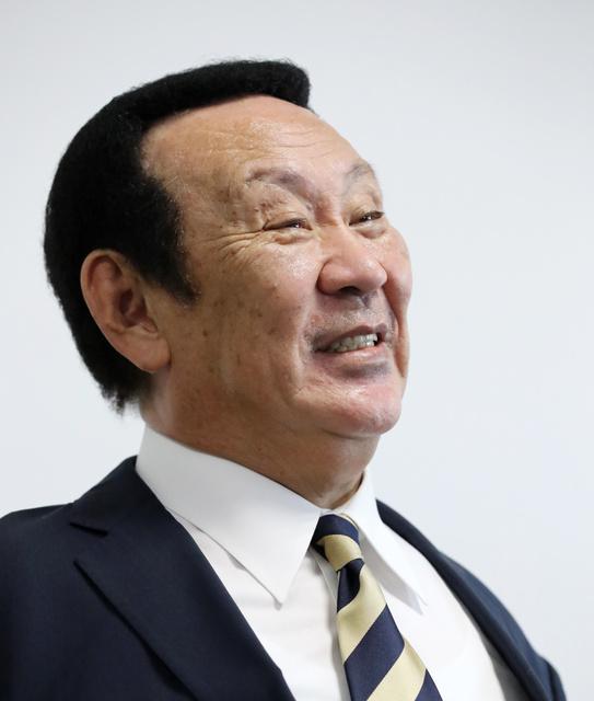 金原昇会長がアナゴさんに似ている?かつらは本当?を検証!